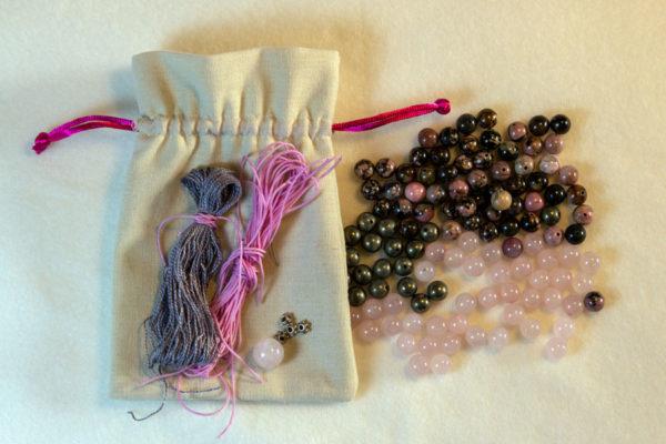 mala kit med rhodonit og rosenkvarts