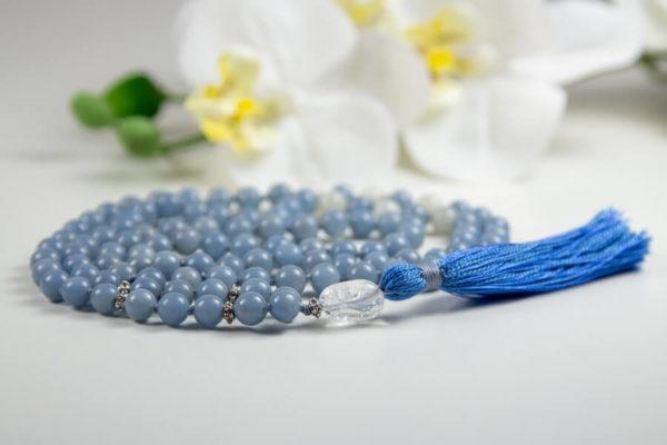 Mala med blå Angelit