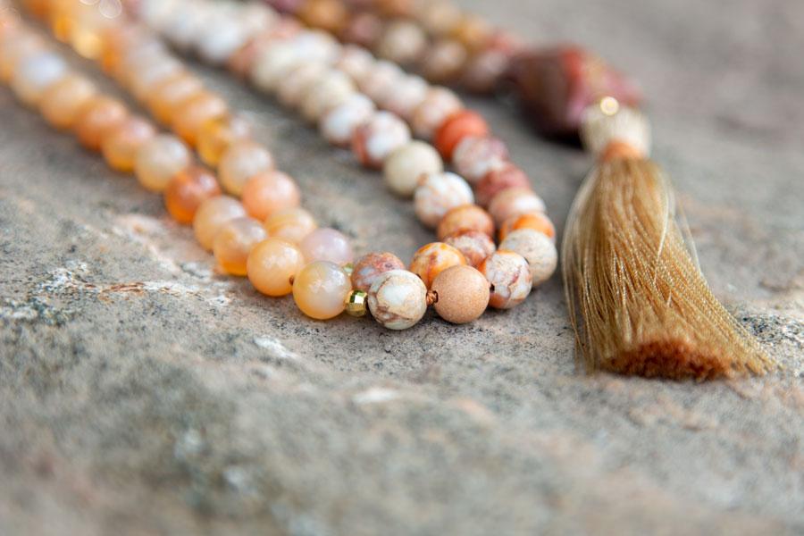 Mala med imperial jasper, karneol og rudraksha